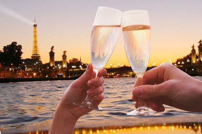 champagne on river, Paris, Valentine's day